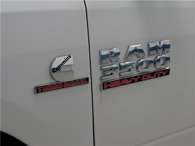 2018 Ram 3500 Crew Cab DRW 4x4,  Cab Chassis #B206801N - photo 11