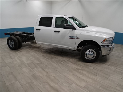 2018 Ram 3500 Crew Cab DRW 4x4,  Cab Chassis #B206801N - photo 4