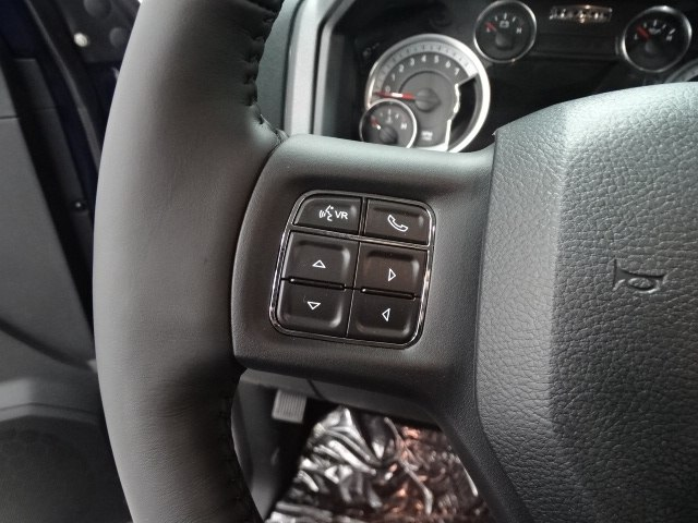 2018 Ram 1500 Crew Cab 4x4 Pickup #B206817N - photo 21