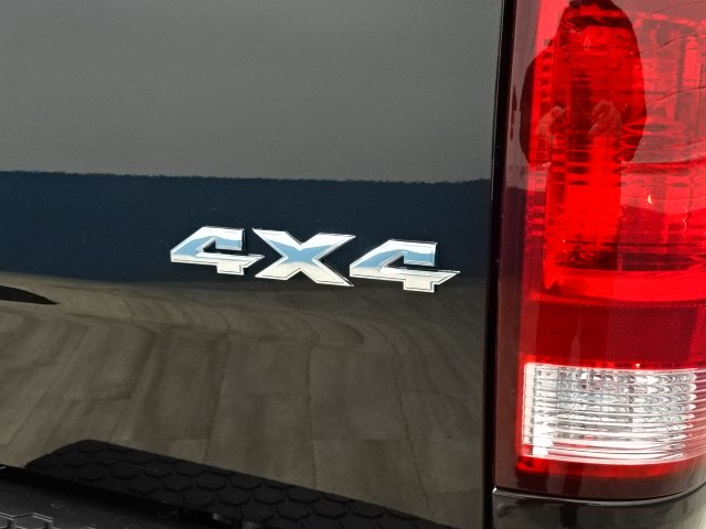 2018 Ram 1500 Crew Cab 4x4 Pickup #B206849N - photo 10