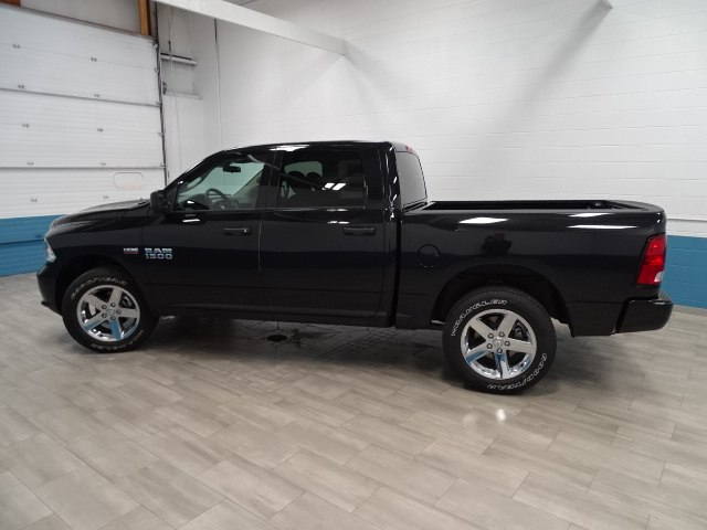 2018 Ram 1500 Crew Cab 4x4 Pickup #B206849N - photo 7