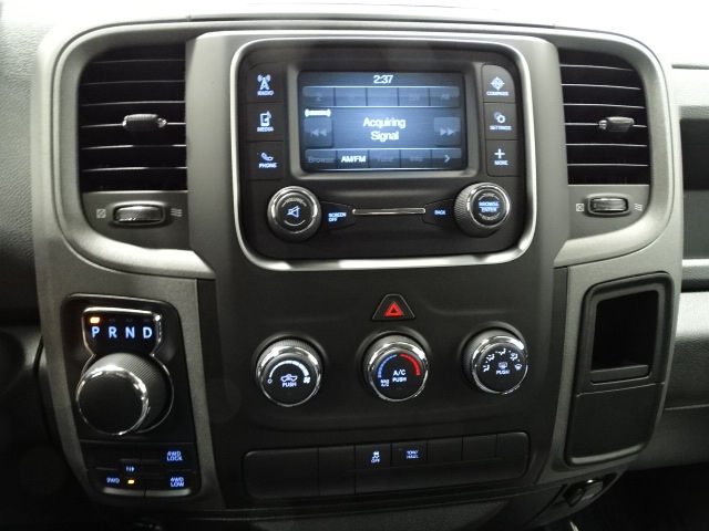 2018 Ram 1500 Crew Cab 4x4 Pickup #B207031N - photo 23