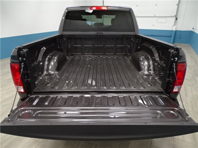 2018 Ram 1500 Crew Cab 4x4 Pickup #B207031N - photo 9