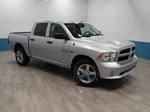 2018 Ram 1500 Crew Cab 4x4,  Pickup #B207081N - photo 35