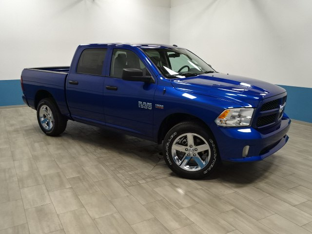 2018 Ram 1500 Crew Cab 4x4, Pickup #B207093N - photo 35