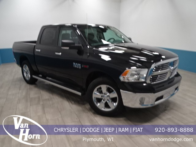 2017 Ram 1500 Crew Cab 4x4, Pickup #B207209N - photo 1