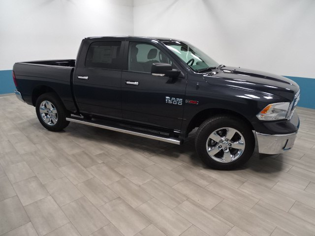 2017 Ram 1500 Crew Cab 4x4, Pickup #B207248N - photo 6