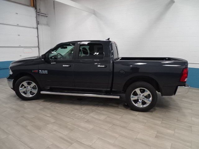 2017 Ram 1500 Crew Cab 4x4, Pickup #B207248N - photo 8