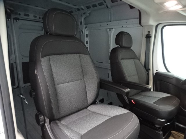 2018 ProMaster 1500 High Roof, Cargo Van #B207285N - photo 31