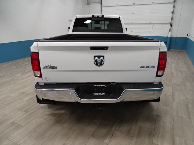 2018 Ram 3500 Crew Cab DRW 4x4,  Pickup #B207332N - photo 2