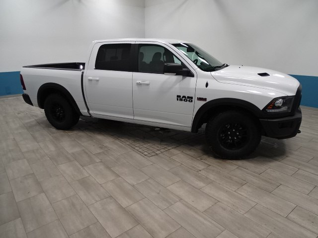 2018 Ram 1500 Crew Cab 4x4,  Pickup #B207716N - photo 11