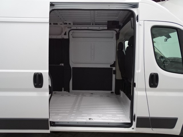 2018 ProMaster 2500 High Roof,  Empty Cargo Van #B207745N - photo 34
