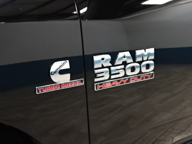 2018 Ram 3500 Regular Cab DRW 4x4,  Cab Chassis #B207832N - photo 10