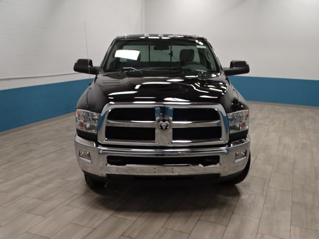 2018 Ram 3500 Regular Cab DRW 4x4,  Cab Chassis #B207832N - photo 5
