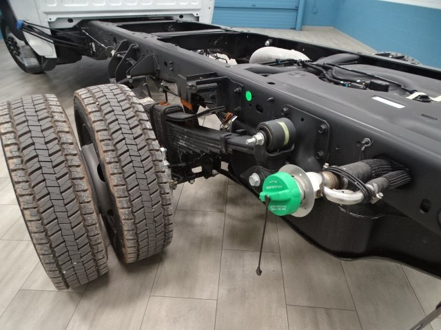 2018 Ram 5500 Regular Cab DRW 4x4,  Cab Chassis #B207869N - photo 26