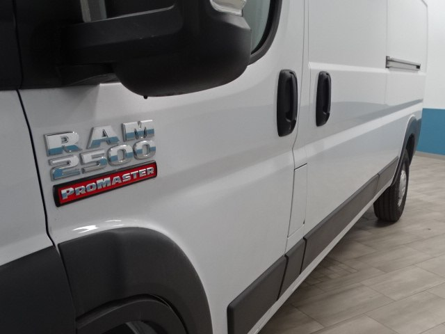 2018 ProMaster 2500 High Roof 4x2,  Empty Cargo Van #B207970N - photo 10
