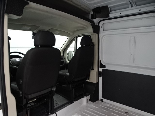 2018 ProMaster 2500 High Roof 4x2,  Empty Cargo Van #B207970N - photo 17