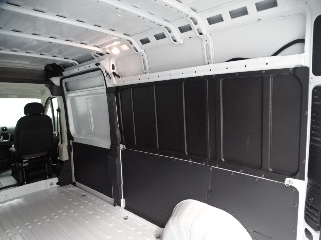 2018 ProMaster 2500 High Roof 4x2,  Empty Cargo Van #B207970N - photo 41