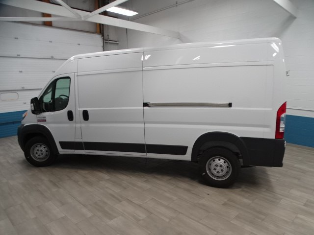 2018 ProMaster 2500 High Roof 4x2,  Empty Cargo Van #B207970N - photo 8