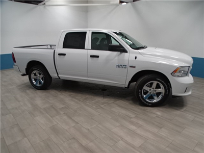2018 Ram 1500 Crew Cab 4x4,  Pickup #B208110N - photo 5