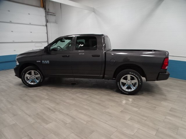 2018 Ram 1500 Crew Cab 4x4,  Pickup #B208164N - photo 7