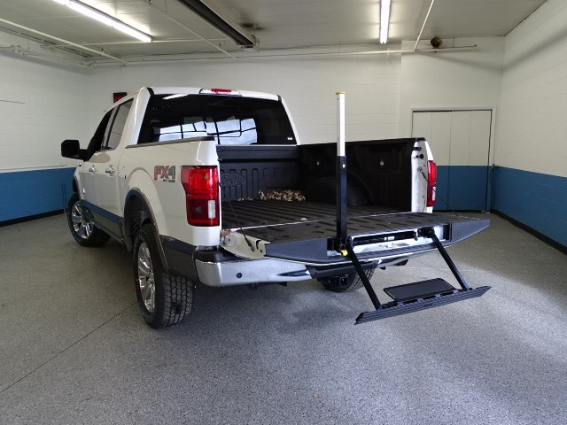 2018 F-150 Crew Cab 4x4 Pickup #K112035N - photo 4