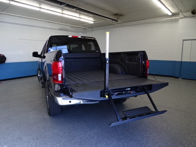 2018 F-150 SuperCrew Cab 4x4, Pickup #K112549N - photo 3