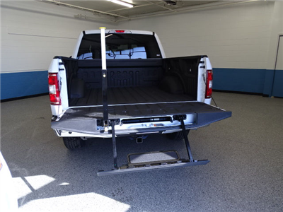 2018 F-150 SuperCrew Cab 4x4, Pickup #K112628N - photo 2