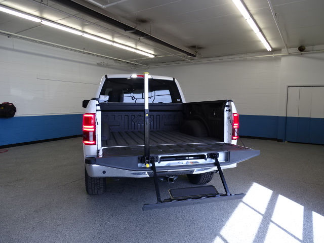 2018 F-150 SuperCrew Cab 4x4, Pickup #K112743N - photo 5
