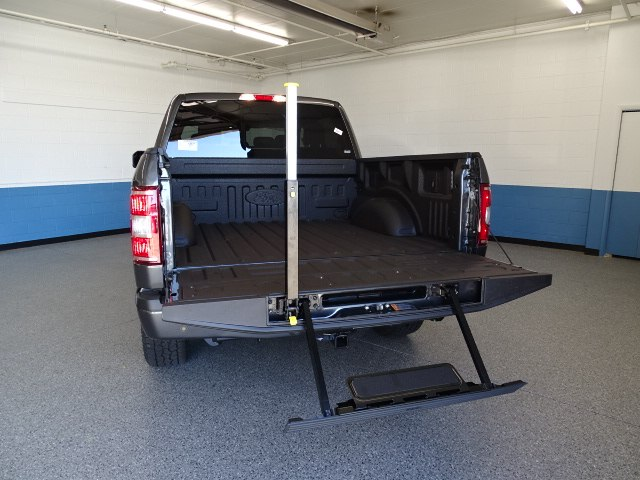 2018 F-150 SuperCrew Cab 4x4,  Pickup #K114163N - photo 3