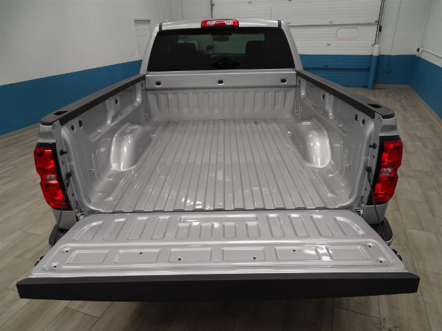 2018 Silverado 1500 Double Cab 4x4, Pickup #A104239 - photo 10