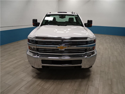 2018 Silverado 3500 Regular Cab DRW 4x4,  Cab Chassis #A104445N - photo 5
