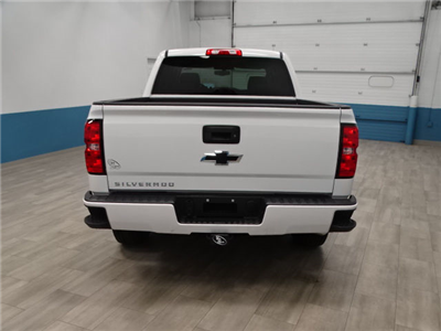 2018 Silverado 1500 Crew Cab 4x4, Pickup #A104763N - photo 2