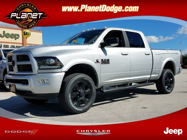 2017 Ram 2500 Crew Cab 4x4 Pickup #IHG653565 - photo 1