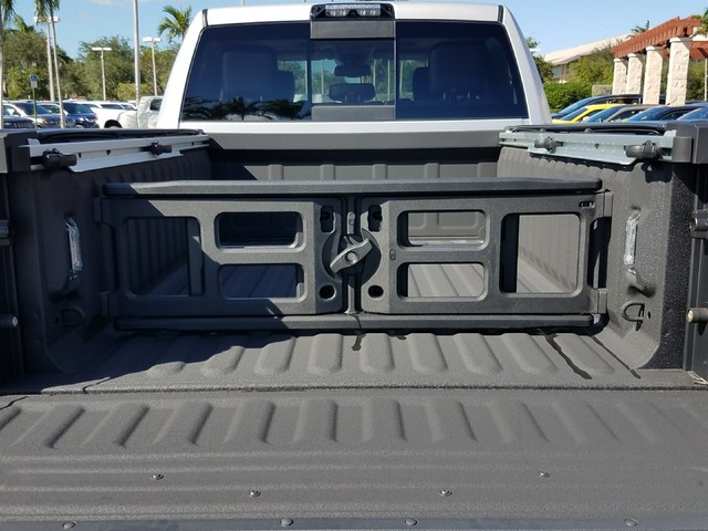 2017 Ram 2500 Crew Cab 4x4, Pickup #IHG653565 - photo 6