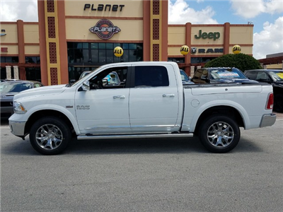 2017 Ram 1500 Crew Cab 4x4 Pickup #IHS831074 - photo 3