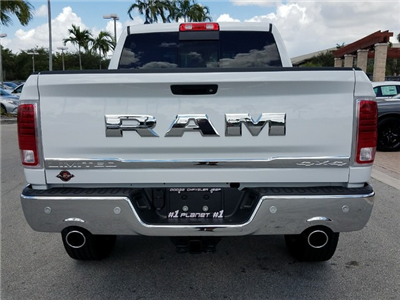 2017 Ram 1500 Crew Cab 4x4 Pickup #IHS831074 - photo 8