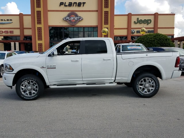 2018 Ram 2500 Crew Cab 4x4 Pickup #IJG134585 - photo 3