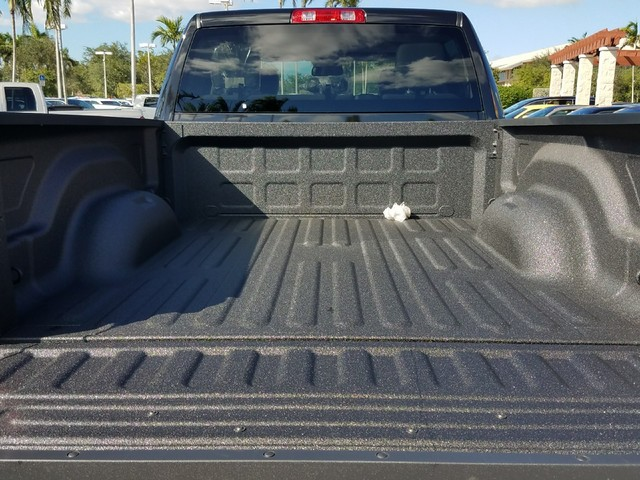 2018 Ram 2500 Crew Cab 4x4 Pickup #IJG147574 - photo 6