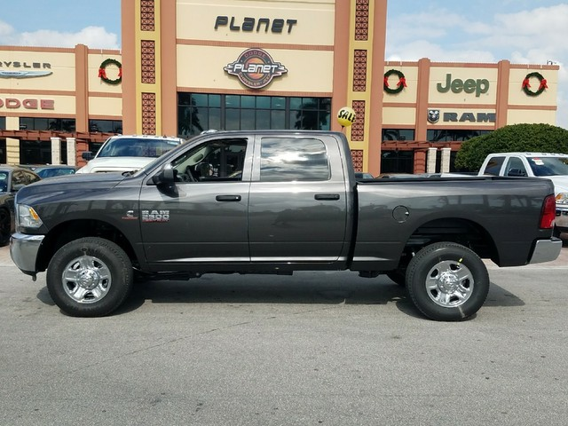 2018 Ram 2500 Crew Cab 4x4 Pickup #IJG193235 - photo 3