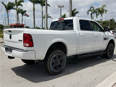 2018 Ram 2500 Crew Cab 4x4,  Pickup #IJG232792 - photo 2