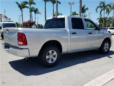 2018 Ram 1500 Crew Cab 4x2,  Pickup #IJG269605 - photo 3
