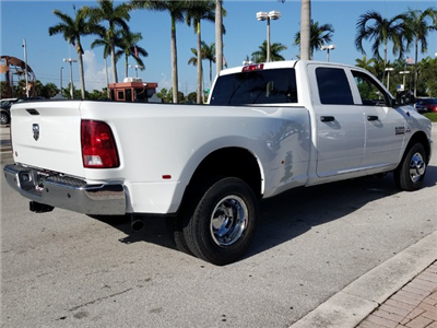 2018 Ram 3500 Crew Cab DRW 4x2,  Pickup #IJG310741 - photo 2