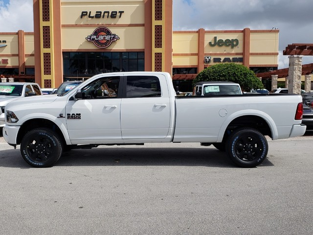 2018 Ram 2500 Crew Cab 4x4,  Pickup #IJG326603 - photo 3
