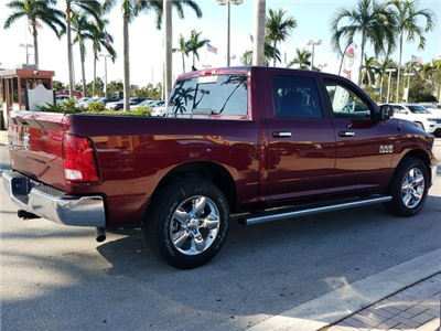 2018 Ram 1500 Crew Cab Pickup #IJS127081 - photo 2