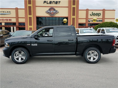 2018 Ram 1500 Crew Cab Pickup #IJS131928 - photo 3