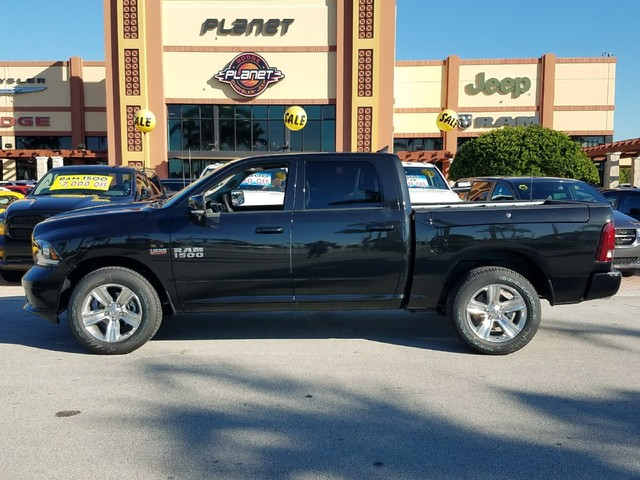 2018 Ram 1500 Crew Cab Pickup #IJS131932 - photo 3