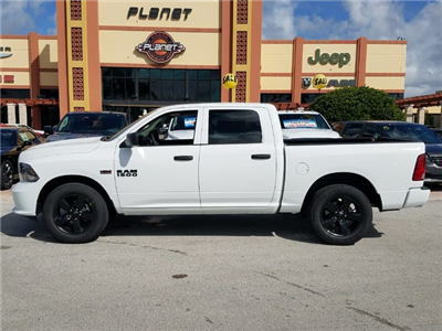 2018 Ram 1500 Crew Cab, Pickup #IJS155201 - photo 3