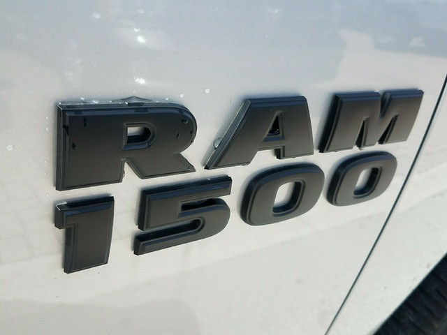 2018 Ram 1500 Crew Cab 4x2,  Pickup #IJS272595 - photo 7
