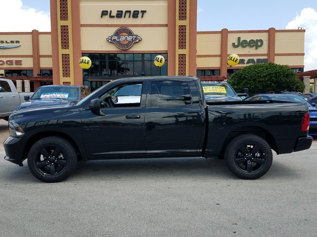 2018 Ram 1500 Crew Cab 4x2,  Pickup #IJS300031 - photo 3